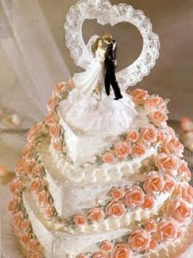 RI-MA-CT Wedding DJ & RI-MA-CT DJ Services & RI-MA-CT Disc Jockeys-Wedding-Cake-Bride-Groom-Elegant