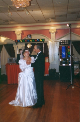 RI-MA-CT Wedding DJ & RI-MA-CT DJ Services & RI-MA-CT Disc Jockeys weddings dance