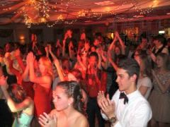rhode-island-disc-jockey-(DJ)-services-jr-semi-formal-clapping.jpg